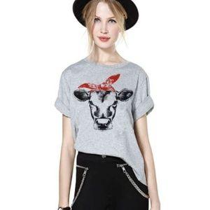 Tops - Pin up cow t-shirt